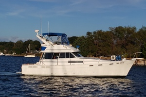 38' 3870 Motoryacht 1989  HIGH SPIRITS