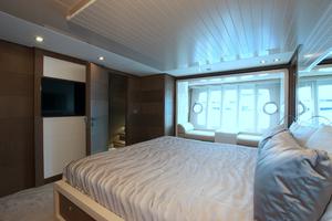 87' Ferretti Yachts 870 My 2014