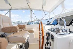 47' Grand Banks  2008 Flybridge Helm 3