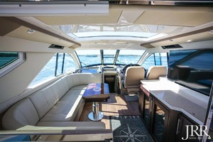 53' Regal 53 Sport Coupe 2017 UpperSalon