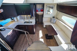 53' Regal 53 Sport Coupe 2017 SalonandGalley