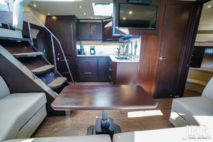 53' Regal 53 Sport Coupe 2017 Salon