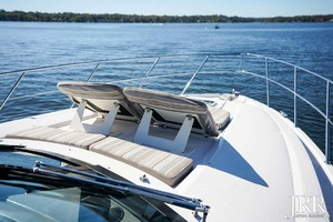 53' Regal 53 Sport Coupe 2017 Bow Seating