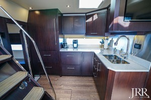 53' Regal 53 Sport Coupe 2017 Galley