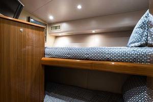 64' Viking Sportfish 2007 Starboard Forward Stateroom Bunk beds w/ Memory Fo