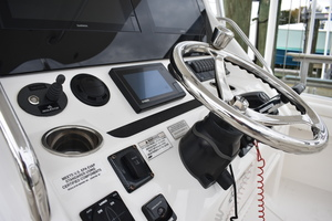 Eye Can't Tail is a Regulator 34SS Yacht For Sale in Hampton--12