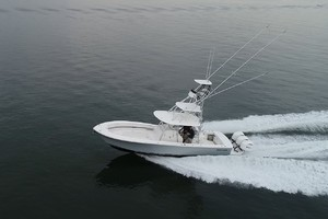Eye Can't Tail is a Regulator 34SS Yacht For Sale in Hampton--17