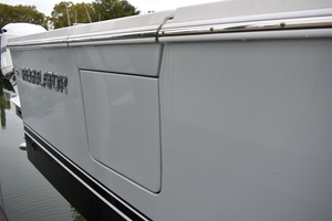 Eye Can't Tail is a Regulator 34SS Yacht For Sale in Hampton--10