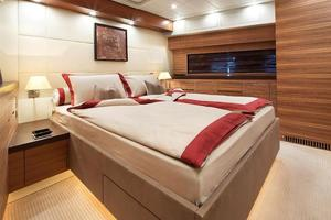 101' Arno Leopard 101 2006 Stateroom 3