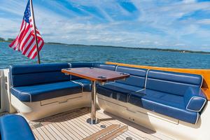 48' Hinckley Talaria 48 Motor Yacht 2013 Cockpit