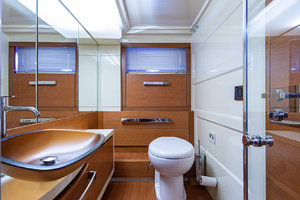64' Azimut Motor Yacht 2013