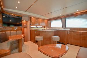46' Viking 46 Convertible 2015 Salon