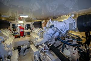 46' Viking 46 Convertible 2015 Engine Room