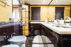 105' Mangusta  2011 Master Stateroom Private En Suite Head 3