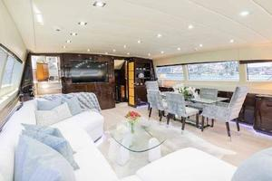 105' Mangusta  2011 Lower Salon Dining Table
