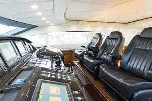 105' Mangusta  2011 Helm Station Seating