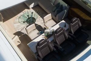 105' Mangusta  2011 Salon Sunroof