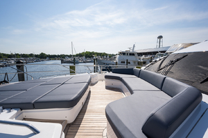68' Princess 68 Flybridge Motor Yacht 2018 Foredeck