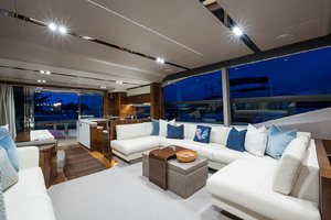 68' Princess 68 Flybridge Motor Yacht 2018 Salon