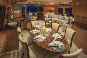 80' Hatteras 80 Motor Yacht 2006