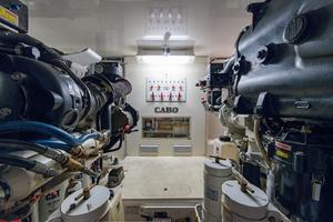 44' Cabo 44 Hardtop Express 2014