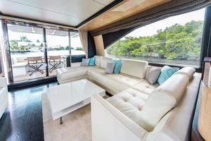72' Azimut 72 Flybridge - Factory Owned 2016 Salon