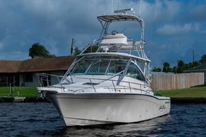 Carribean Soul is a Grady-White Express Yacht For Sale in Palm City--3
