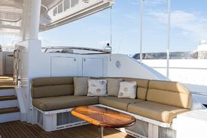 112' Westport Motoryacht 2010 Boat Deck/Seating