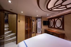 112' Westport Motoryacht 2010 VIP Stateroom