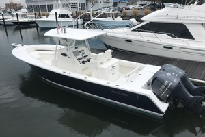 Miss Katie is a Regulator 32FS Yacht For Sale in Hampton--9