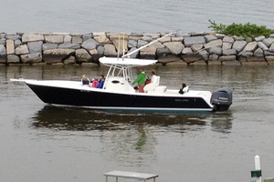 Miss Katie is a Regulator 32FS Yacht For Sale in Hampton--13