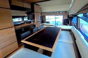 70' Azimut 70 Flybridge 2012