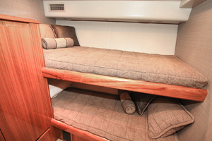 60' Viking 60 Convertible  2011 Guest Stateroom - Forward