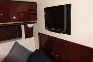 58' Sea Ray 58 Sedan Bridge 2008 Guest Stateroom TV