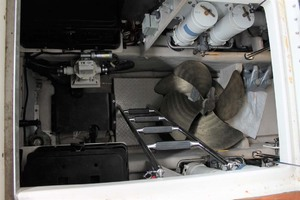 58' Sea Ray 58 Sedan Bridge 2008 Spare Props