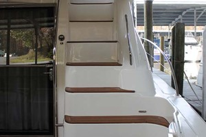 58' Sea Ray 58 Sedan Bridge 2008 Flybridge Stairs