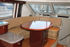 58' Sea Ray 58 Sedan Bridge 2008 Salon Dinette
