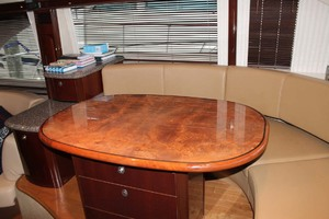 58' Sea Ray 58 Sedan Bridge 2008 Dinette
