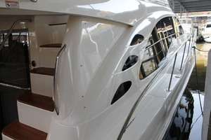 58' Sea Ray 58 Sedan Bridge 2008 Starboard Sidedeck