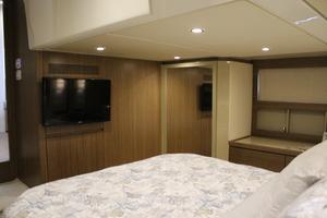 50' Azimut 50 Atlantis 2015 Master Stateroom