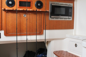 Fiddlers Three is a Grady-White 376 Canyon Yacht For Sale in Fort Myers-Interior-3