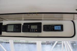 48' Ocean Yachts  2003 Overheadradiobox