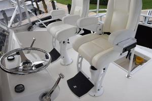 48' Ocean Yachts  2003 Chair flip down footrests