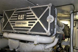 56' Neptunus 56 Flybridge 2001 Port Engine