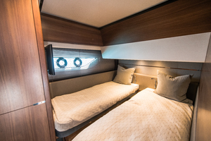 65' Princess S65 2017 Guest Stateroom