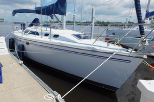 Catalina 32' 320 2005  Southern Cross