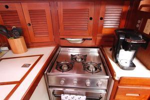 Tartan 372 Stove and Cabinets