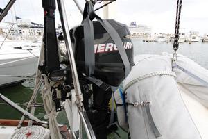 Tartan 372 Mercury 9.9 hp 4 Stroke