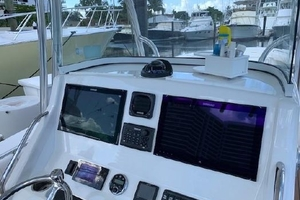 Our Trade is a Regulator 34 Yacht For Sale in Palm Beach-34 Regulator Helm Electronics-10