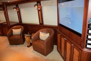 95' Cheoy Lee Bravo Series 2006 Main Salon starboard side
